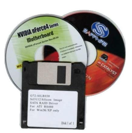 диски и дискета с драйверами картинка