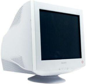 Старый ЭЛТ монитор от производителя SONY, сейчас такие мониторы почти не используются
